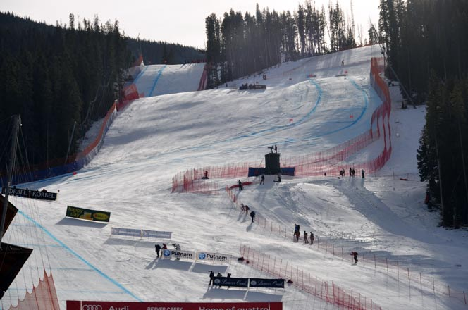 Christof Innerhofer and Lindsey Vonn win Downhills